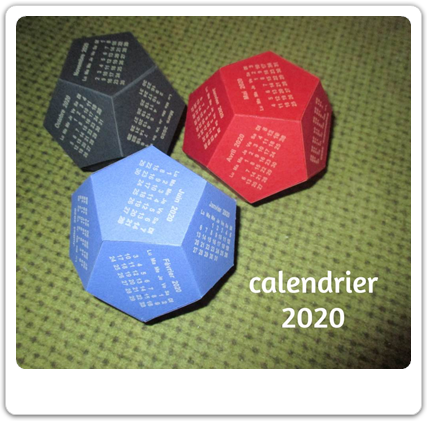 Vign_trois_calendriers_dodecaèdres
